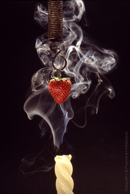 "Fragola Affumicata (dalla serie ""Frutta Torturata"""