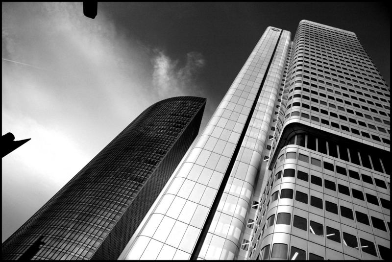 Frankfurt 2 Black & White