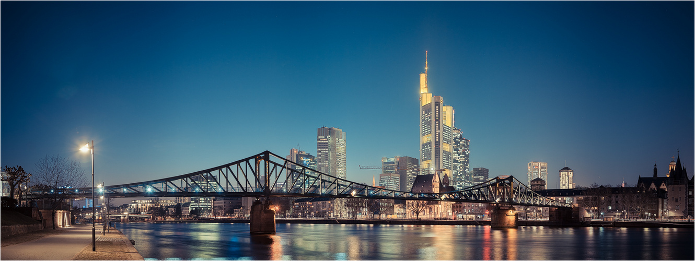 Frankfurt   3547