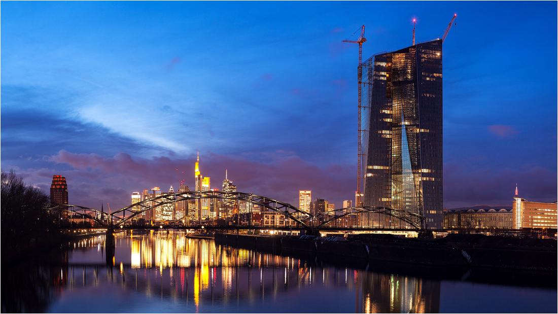 Frankfurt   4360