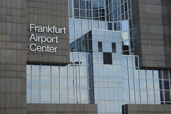 Frankfurt Airport Center - ein Gesicht ???