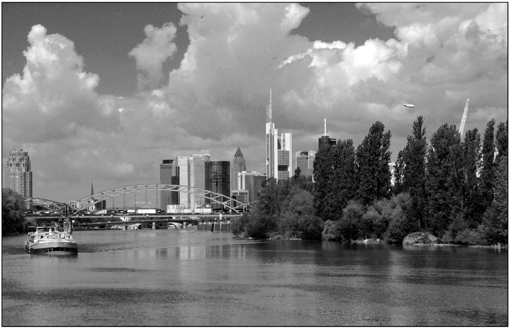 Frankfurt am Main - im Ruderdorf.
