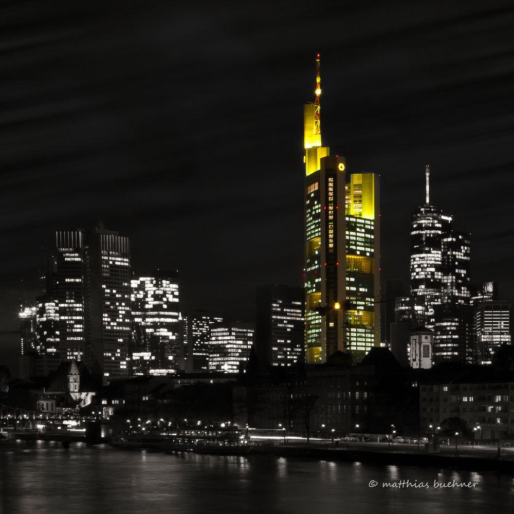 © Frankfurt am Main Skyline bei Nacht