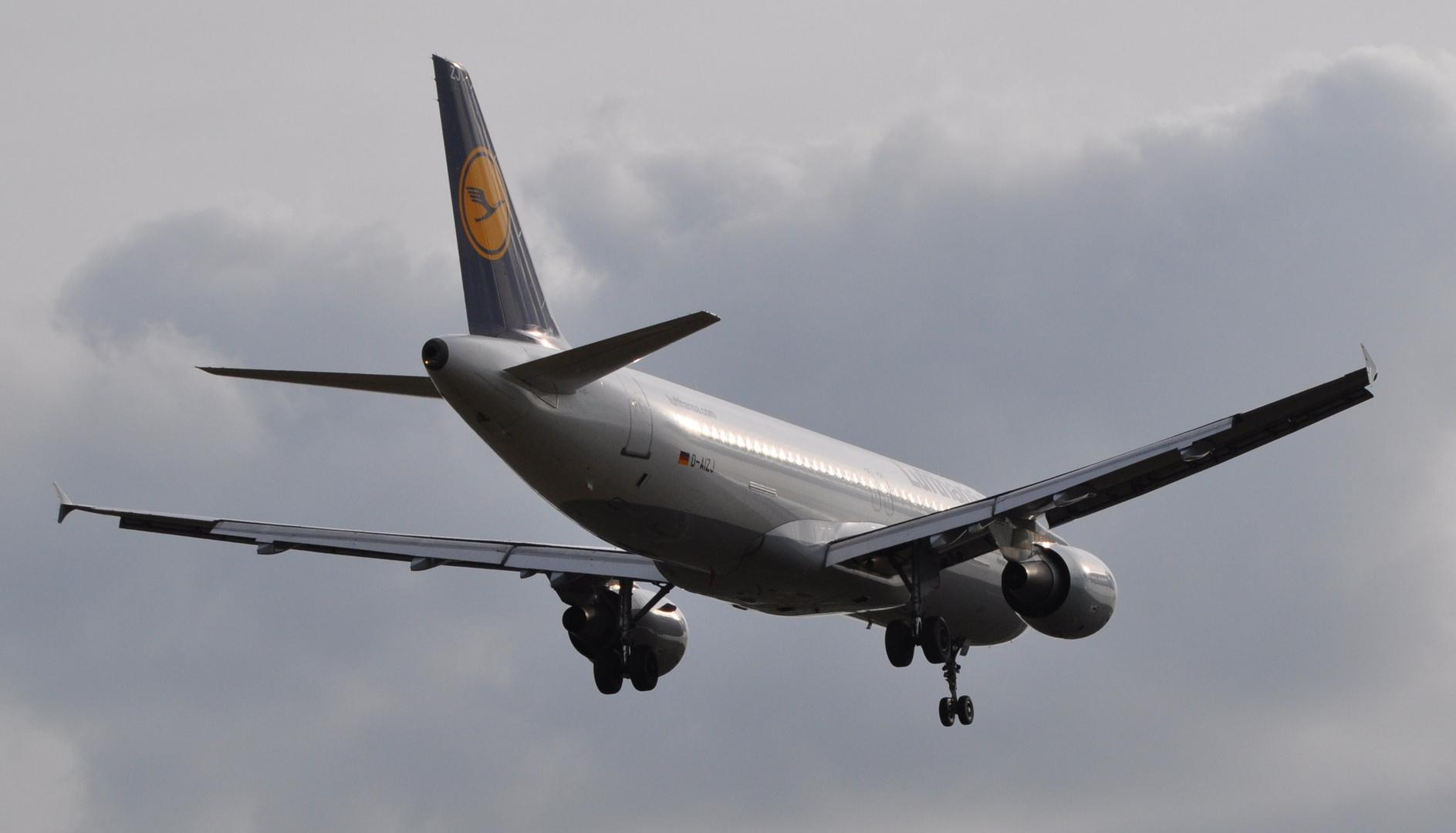 Frankfurt anflug auf neue Landebahn
