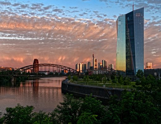 Frankfurt at the edge of dawn