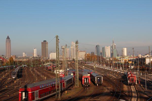 Frankfurt aus der Eisenbahnperspektive