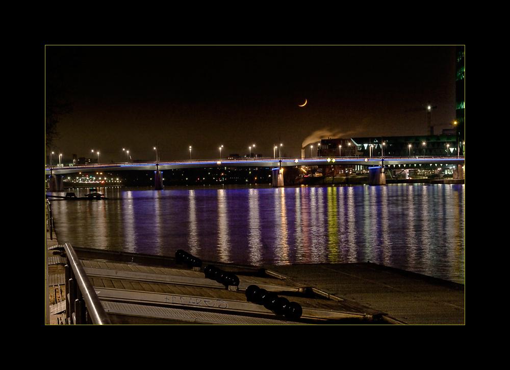 Frankfurt bei Nacht 2