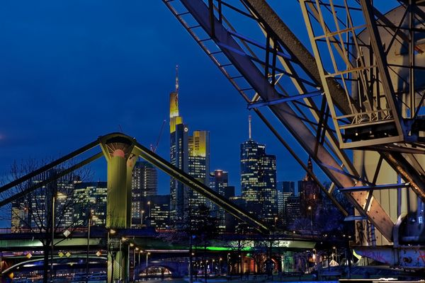 Frankfurt by night 03 13