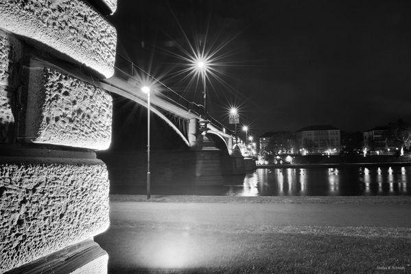 Frankfurt by Night - some other Bridge