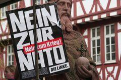 Frankfurt Demo Krise - Der Koenig meint: Nein zur ...