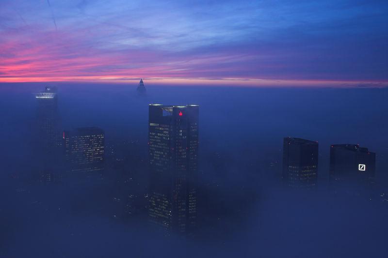Frankfurt im Nebel