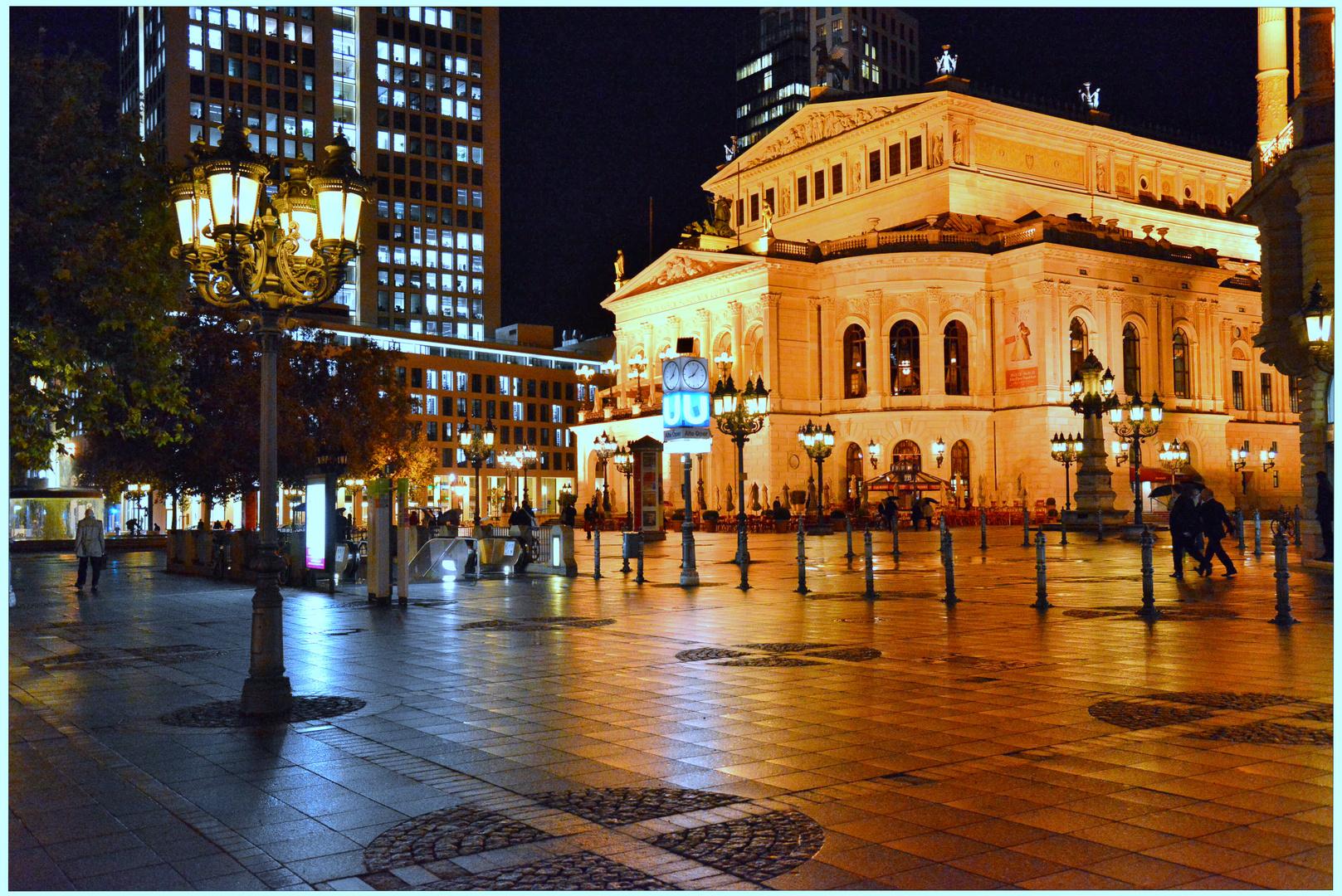 Frankfurt, la ópera por la noche (die Oper nachts)