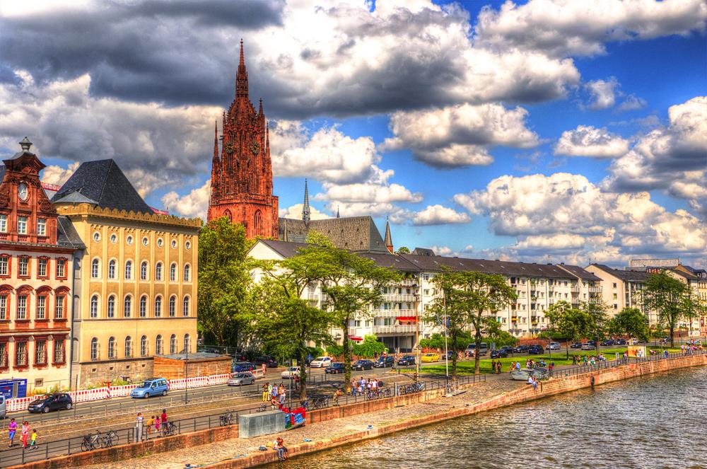 Frankfurt, Main und Kaiserdom