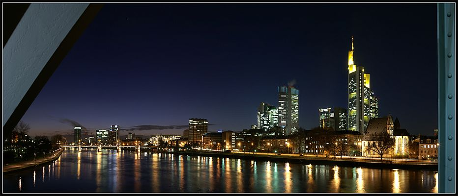 Frankfurt @ Night