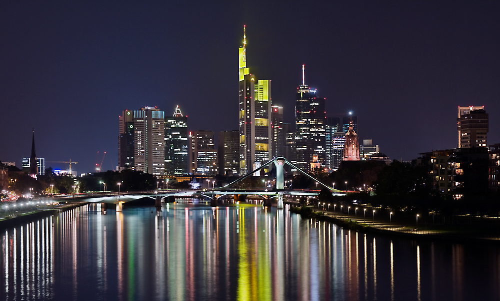 frankfurt skyline i foto bild deutschland europe. Black Bedroom Furniture Sets. Home Design Ideas
