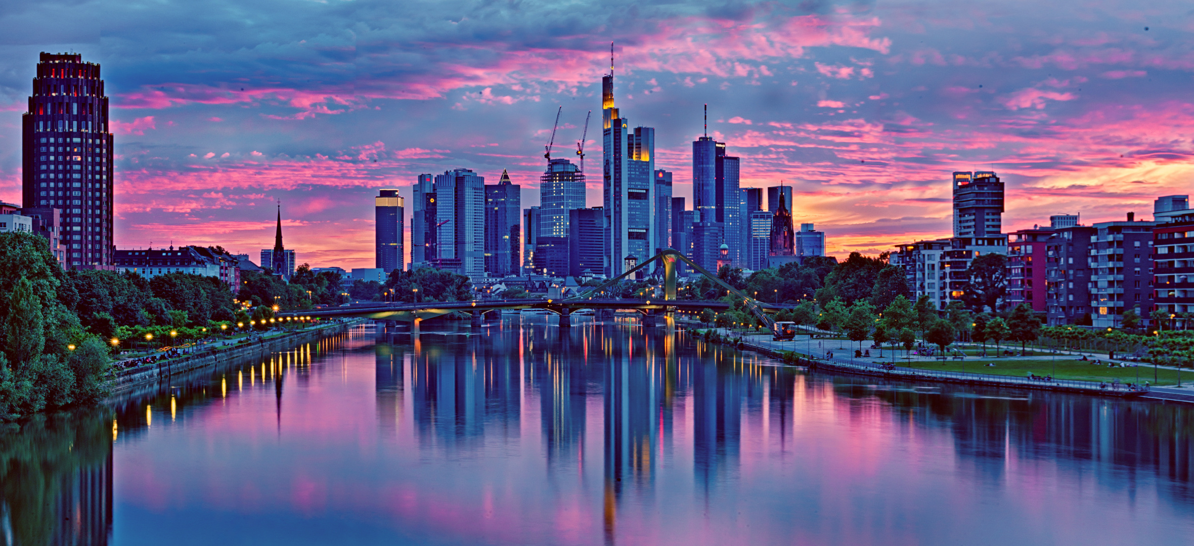 frankfurt skyline sunset foto bild architektur stadtlandschaft skylines bilder auf. Black Bedroom Furniture Sets. Home Design Ideas