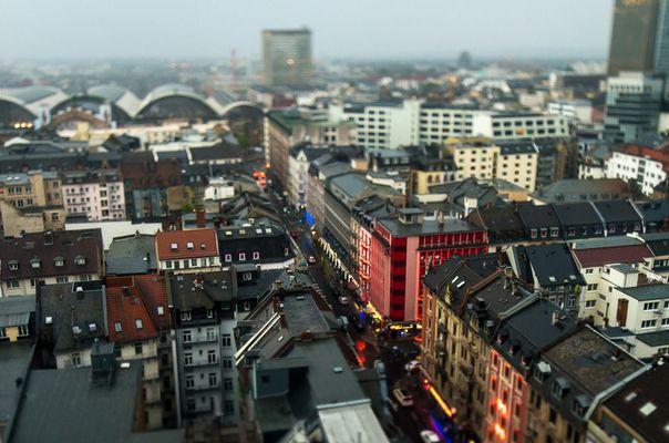 Frankfurt, Taunusstraße