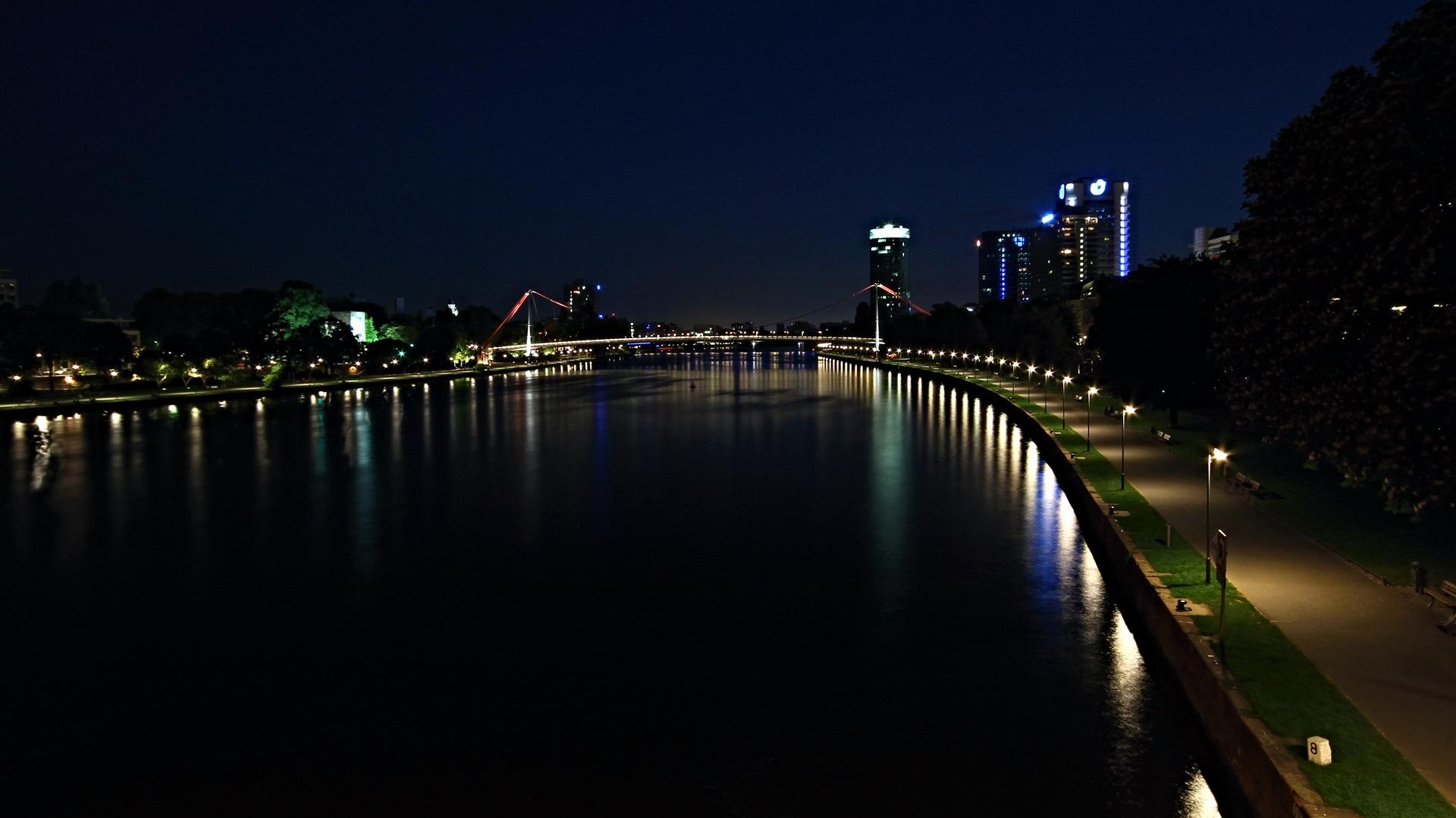 Frankfurt, Tiefste Nacht