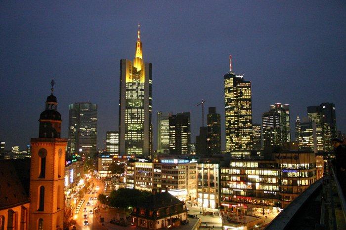 Frankfurt von der Zeil gesehen