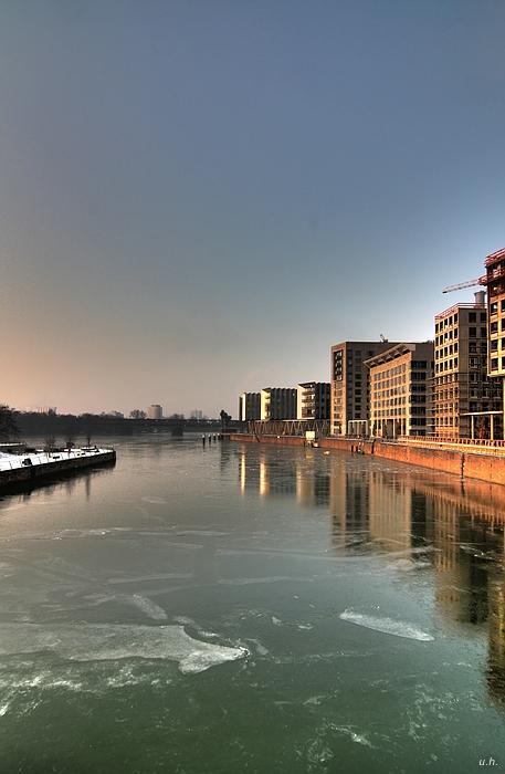 """""""Frankfurt-Westhafen"""""""