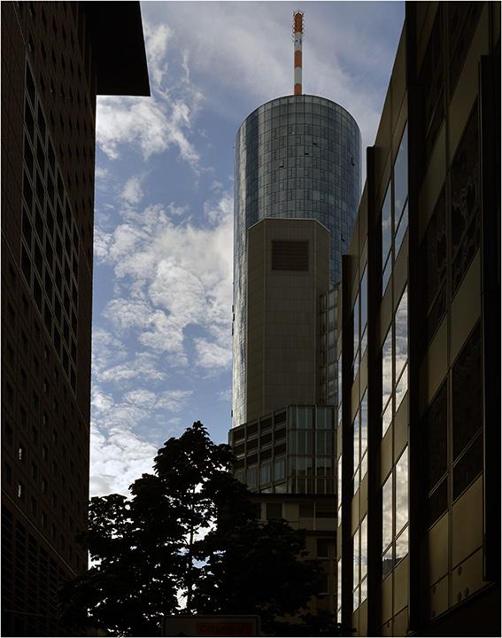 Frankfurter Ansichten: Main-Tower