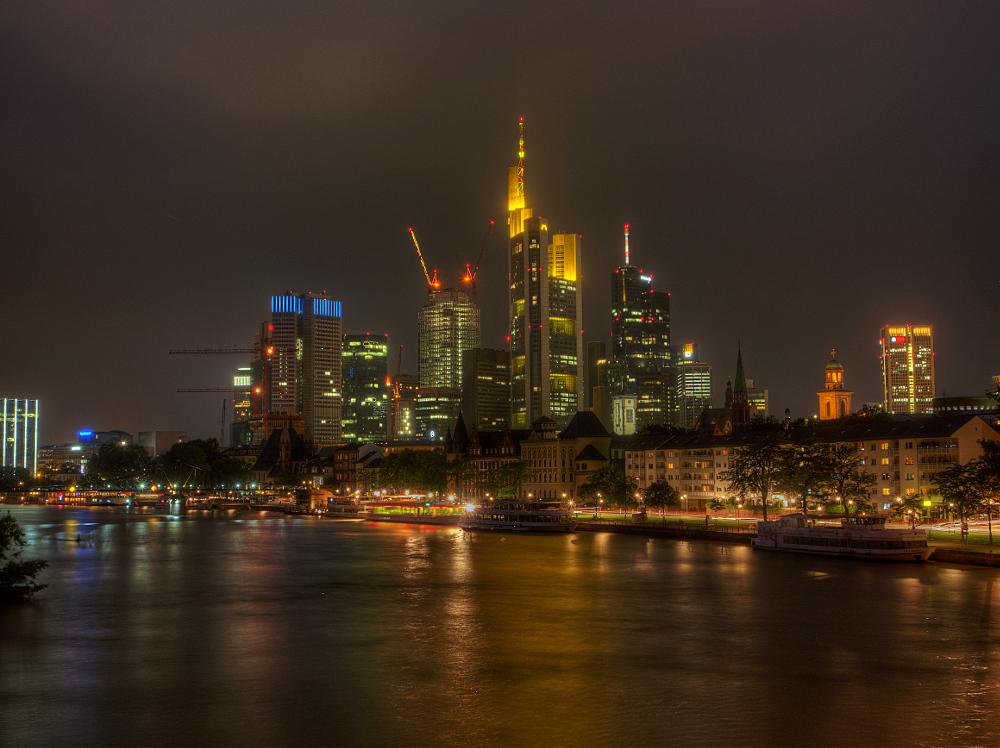 Frankfurter Ansichten1