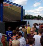 Frankfurter Fanmeile zur Frauen-Fußball-WM: Zidane!