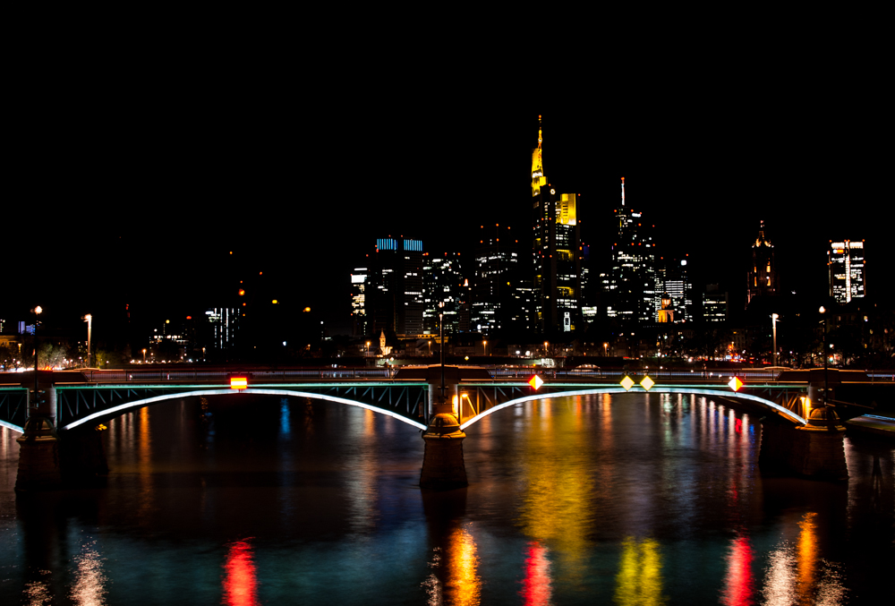 Frankfurter Skyline 1 ...