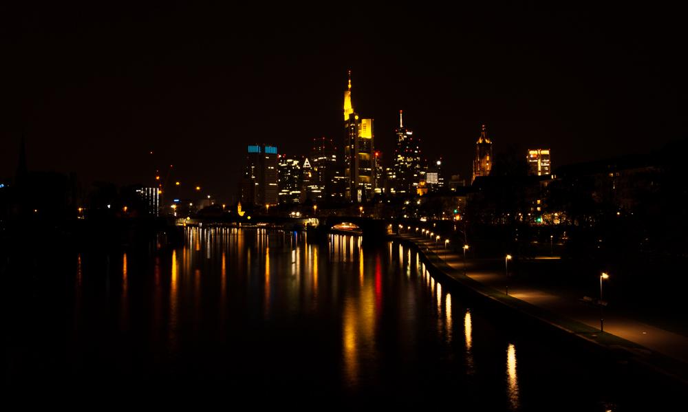 Frankfurter Skyline 3 ...