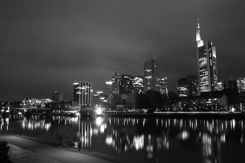 Frankurt Skyline by night