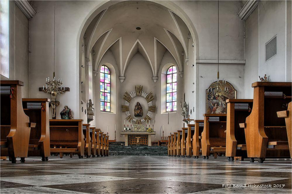 Franziskanerkirche hl. Anna zu Reutte