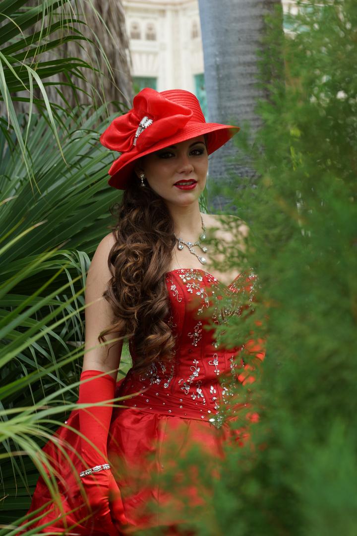 Frau in Rot 2