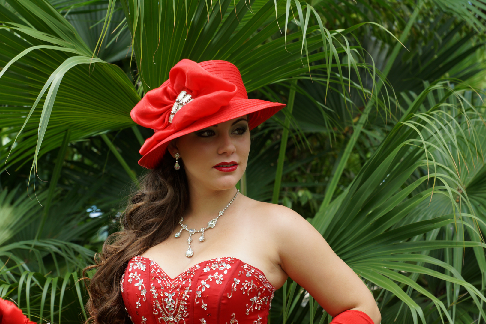 Frau in Rot 3