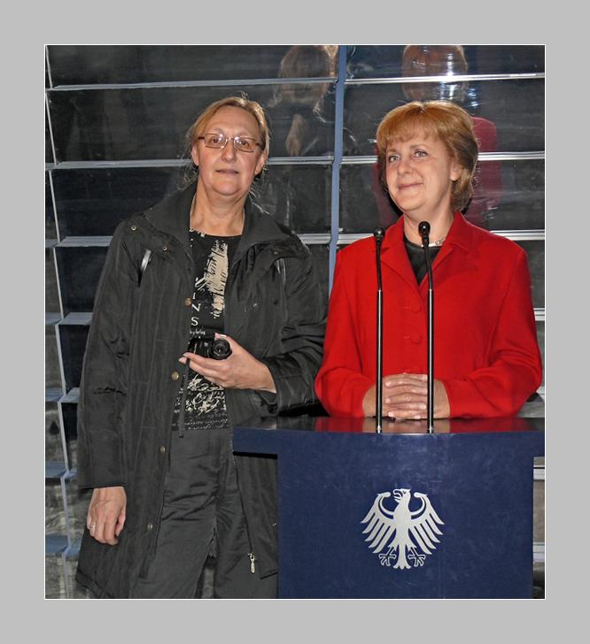 Frau Merkel + Frau Merkel