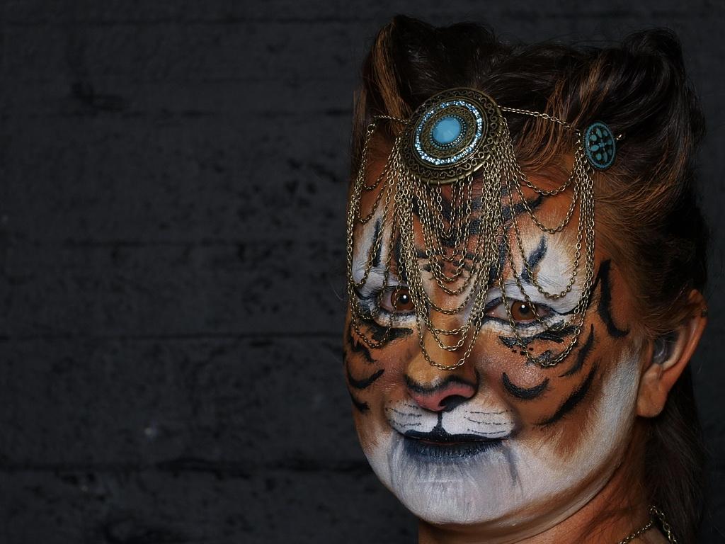 Frau Tiger oder Tigerfrau?