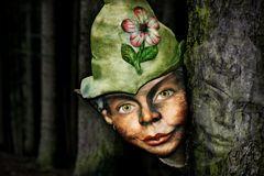 Frau Zwerg im Wald + Bildmaterial
