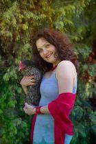 Frauchen mit Henne