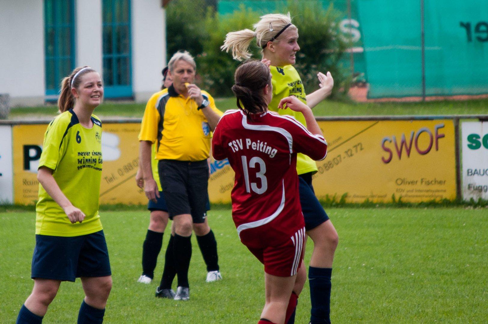 Frauen am Ball !