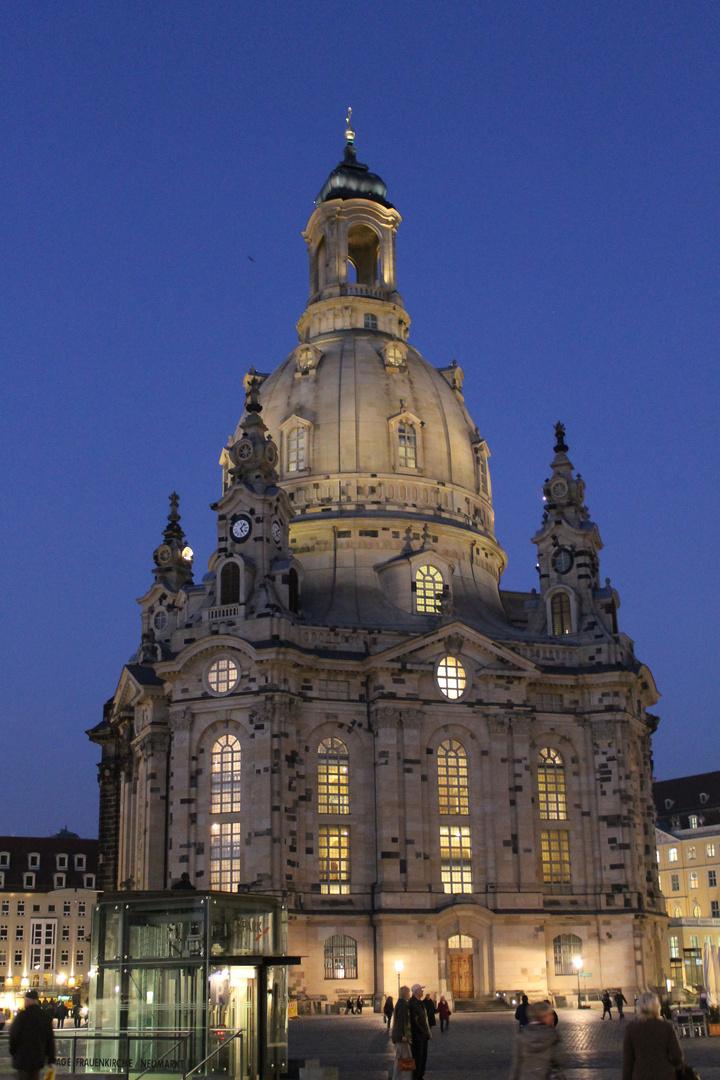 Frauenkirche Abends