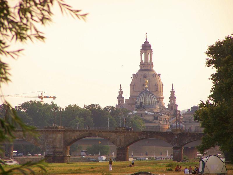 frauenkirche in der abendsonne