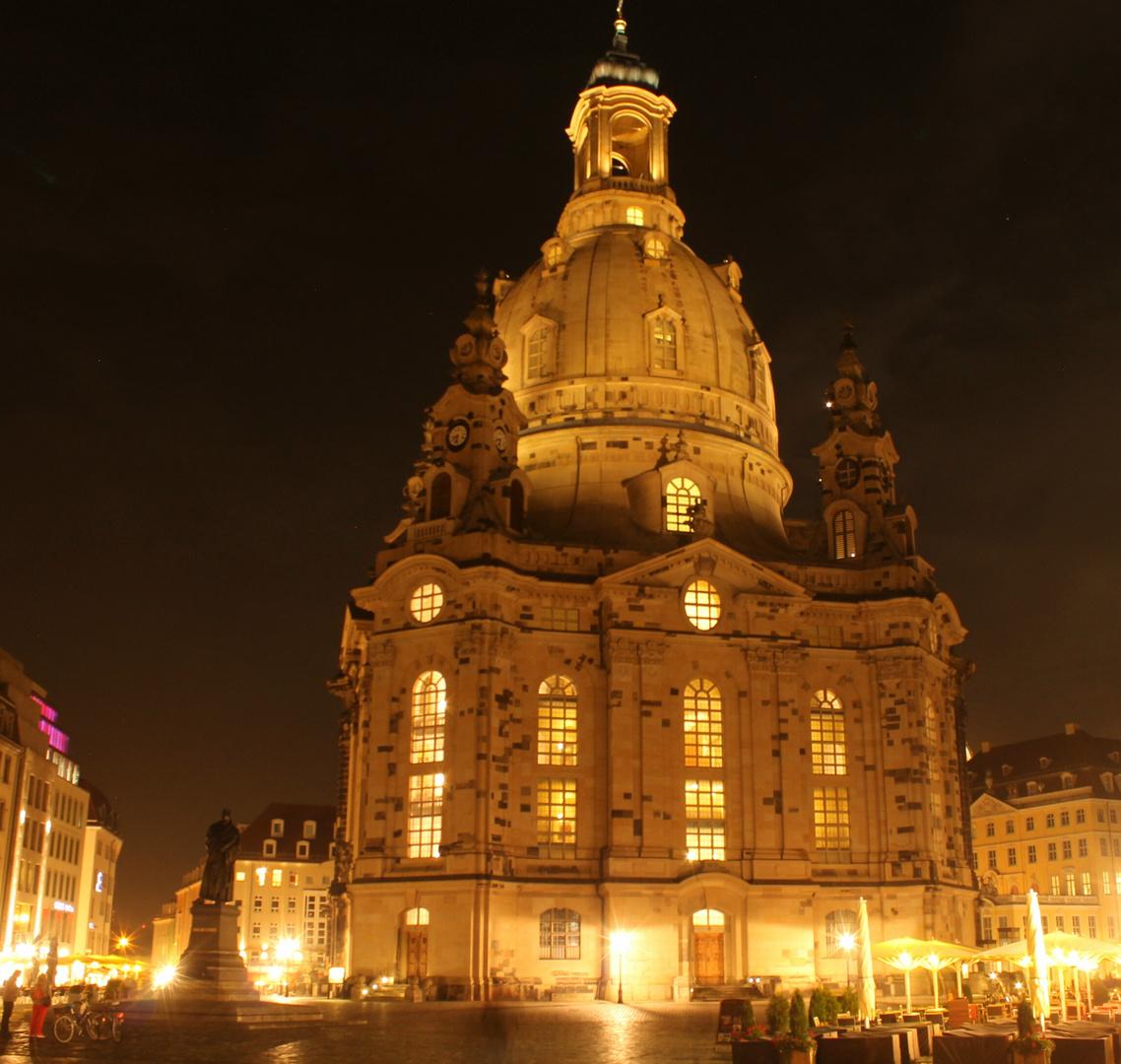 Frauenkirche in Dresden am Abend