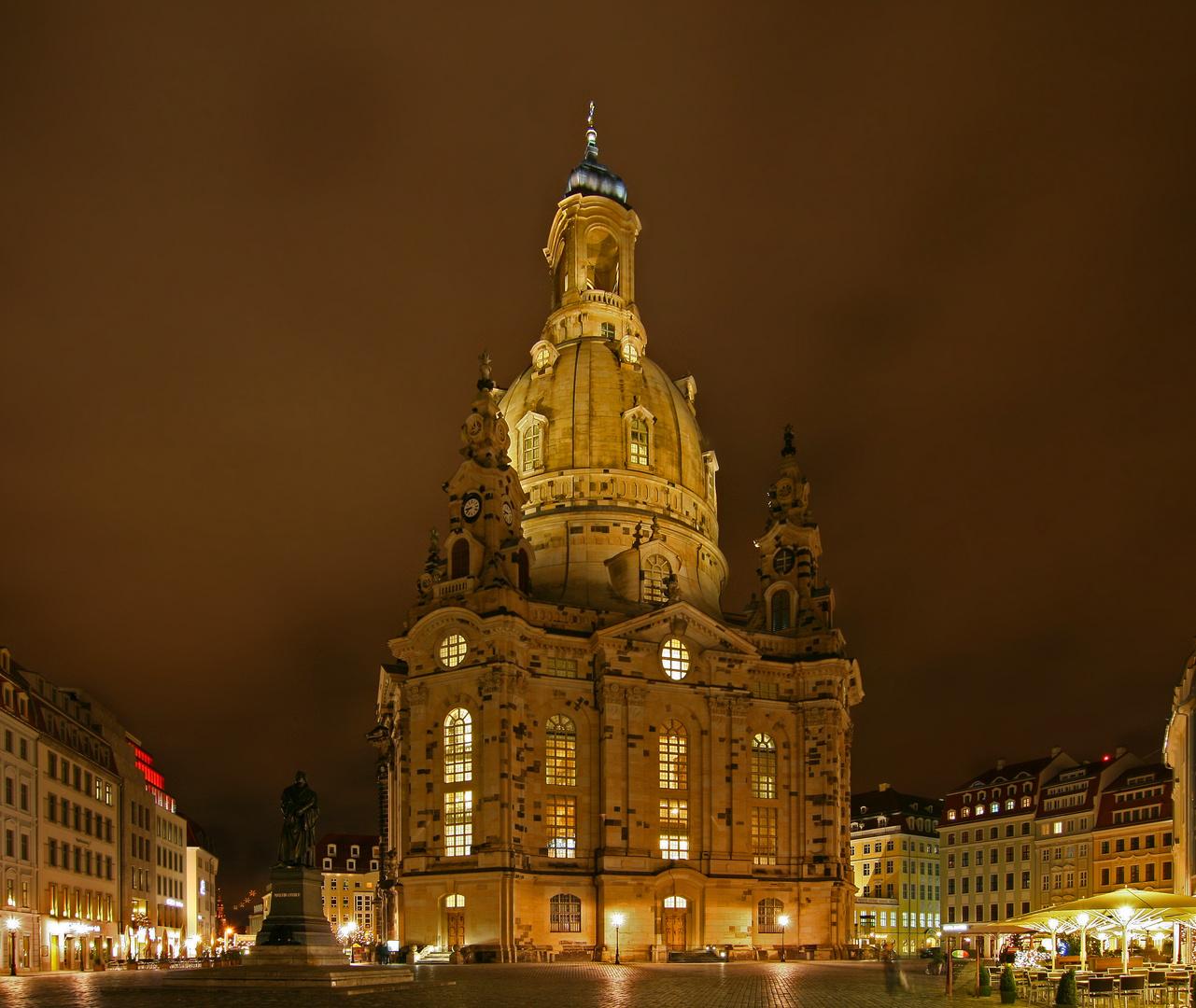 Frauenkirche in Lichterstimmung