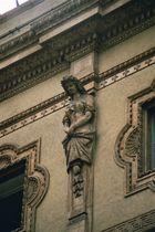 Frauenstatue - Galleria Vittorio Emanuele II in Mailand