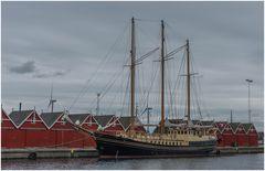 Frederikshavn im Hafen