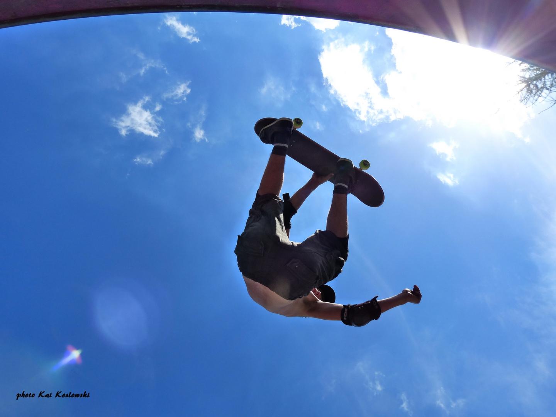 free skateboarding to heaven