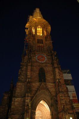 Freiburger Münster (bei Nacht)
