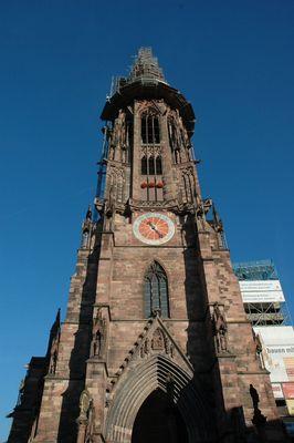 Freiburger Münster (bei Tage)