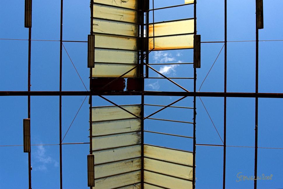 Freie Aussicht nach oben 106-08