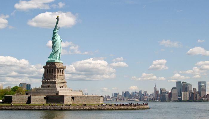 Freiheitsstatue und südliches Manhattan