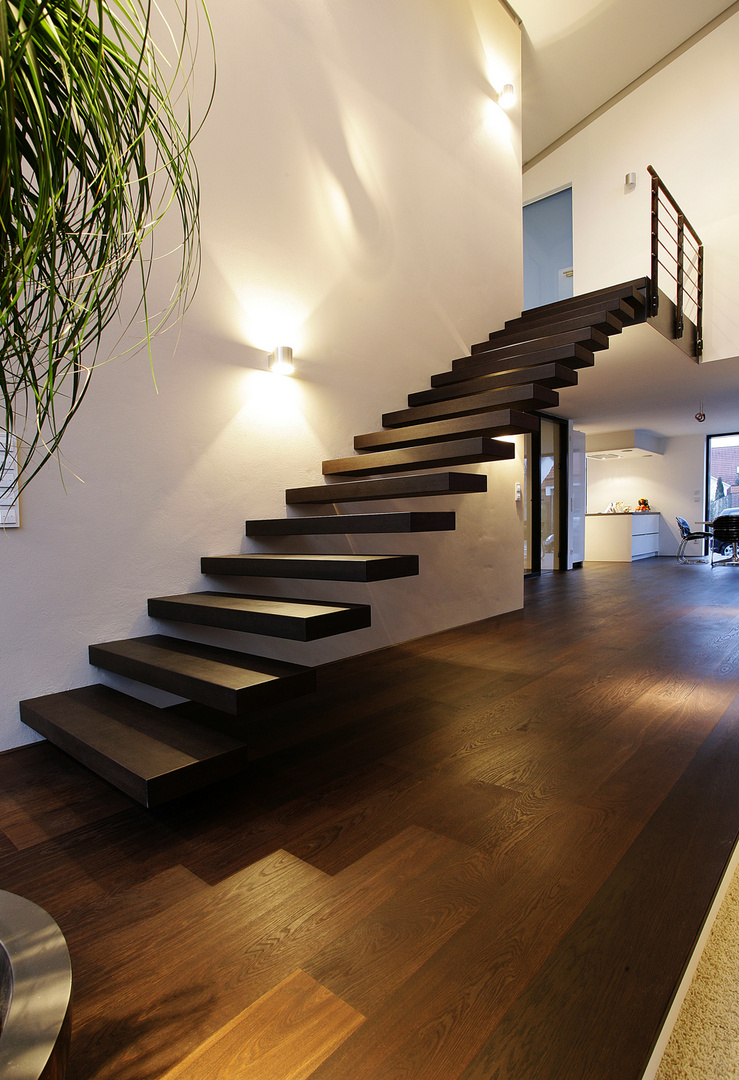 freitragende treppe foto bild motive innenaufnahmen. Black Bedroom Furniture Sets. Home Design Ideas